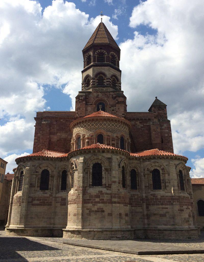 Agence Caillault ACMH – Basilique Saint-Julien de Brioude – Le chevet en 2016 après restauration complète