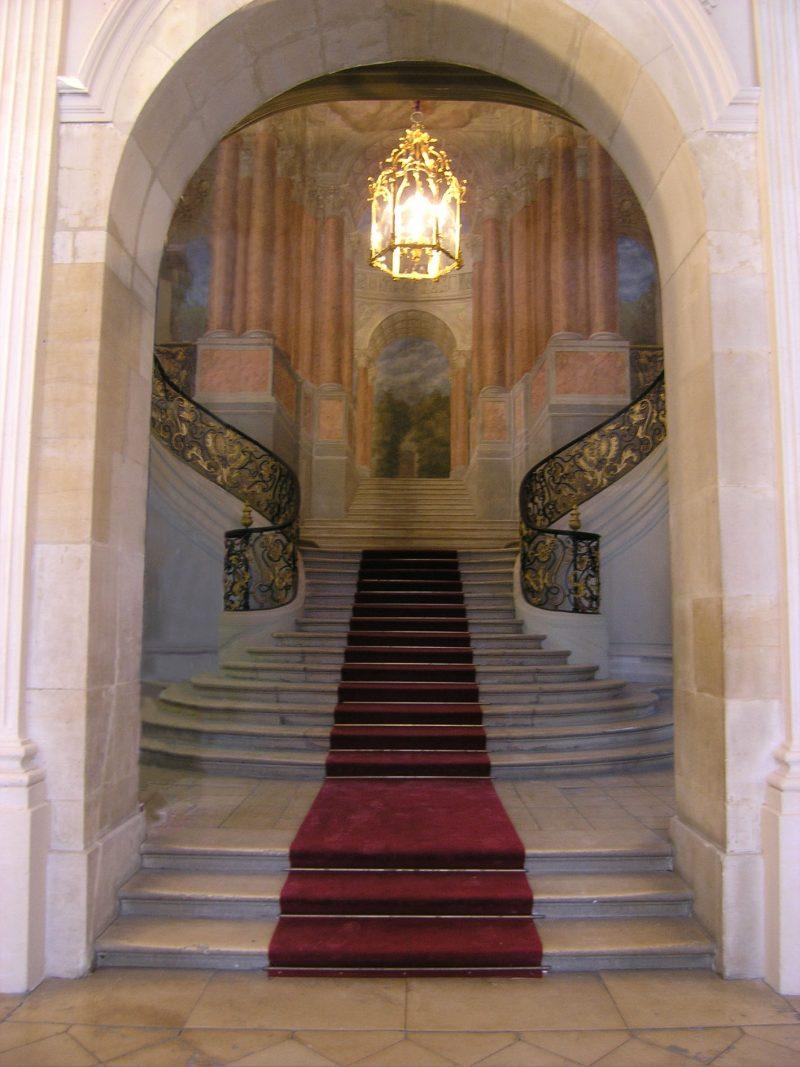 Agence Caillault ACMH – Hôtel de Ville – Nancy –  Vue de l'escalier d'Honneur depuis le peristyle