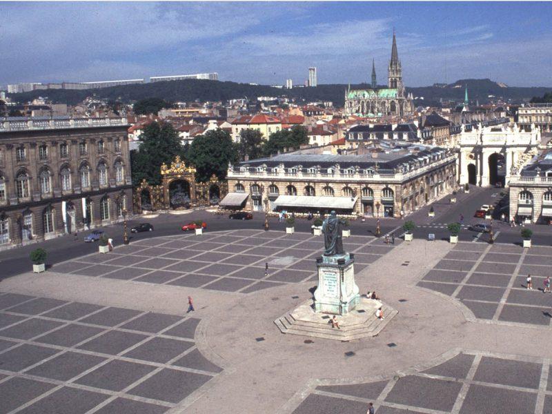 Agence Caillault ACMH – Place Stanislas – Nancy – Vue générale avant restauration