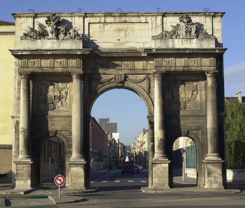 Agence Caillault ACMH – Porte Saint Catherine – Nancy – Façade est avant restauration