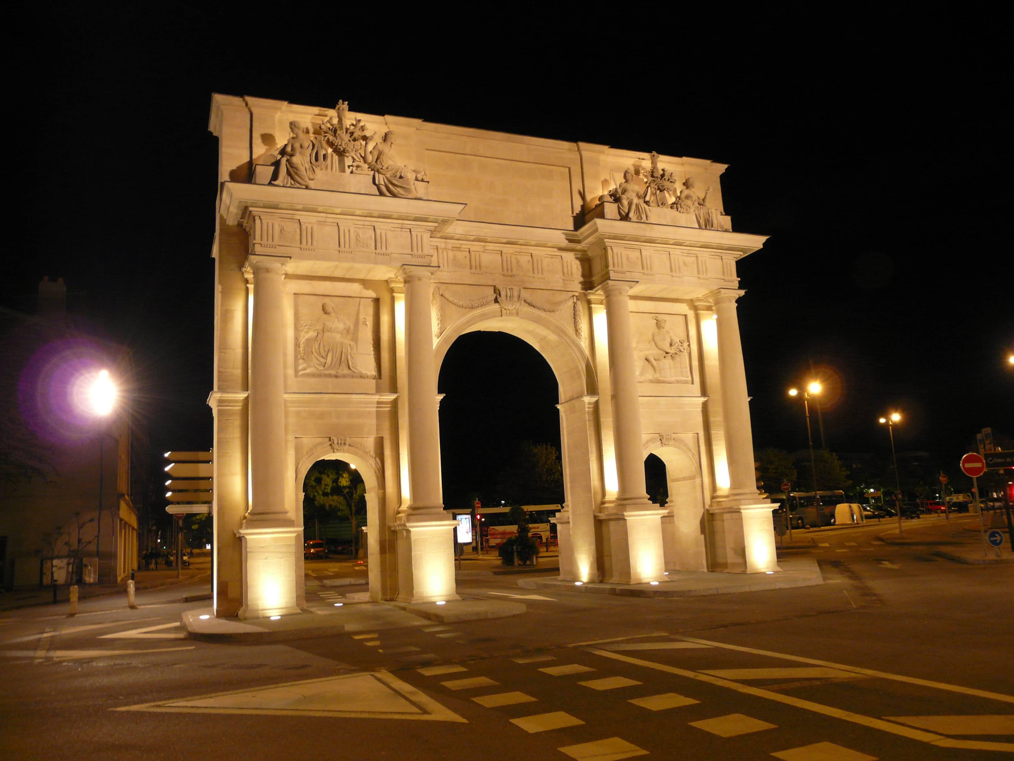 Agence Caillault ACMH – Porte Saint Catherine – Nancy – Mise en lumière