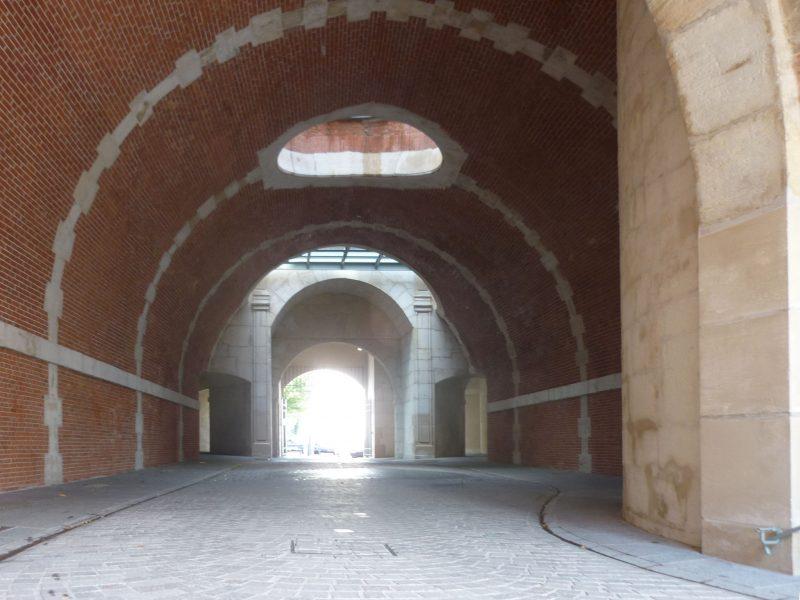 Agence Caillault ACMH – Porte de la Craffe – Nancy – Vue de la porte intérieure après restauration