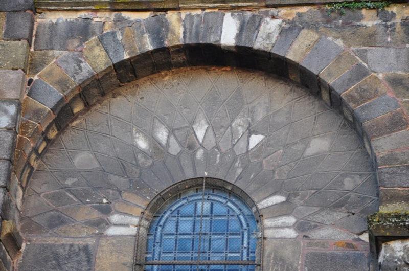 Agence Caillault ACMH – ISSOIRE – Abbatiale Saint-Austremoine – Détail avant restauration