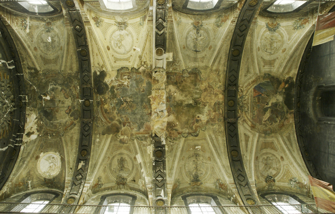 Agence Caillault ACMH – N-D de Bonsecours – Nancy – Vue générale du plafond avant restauration
