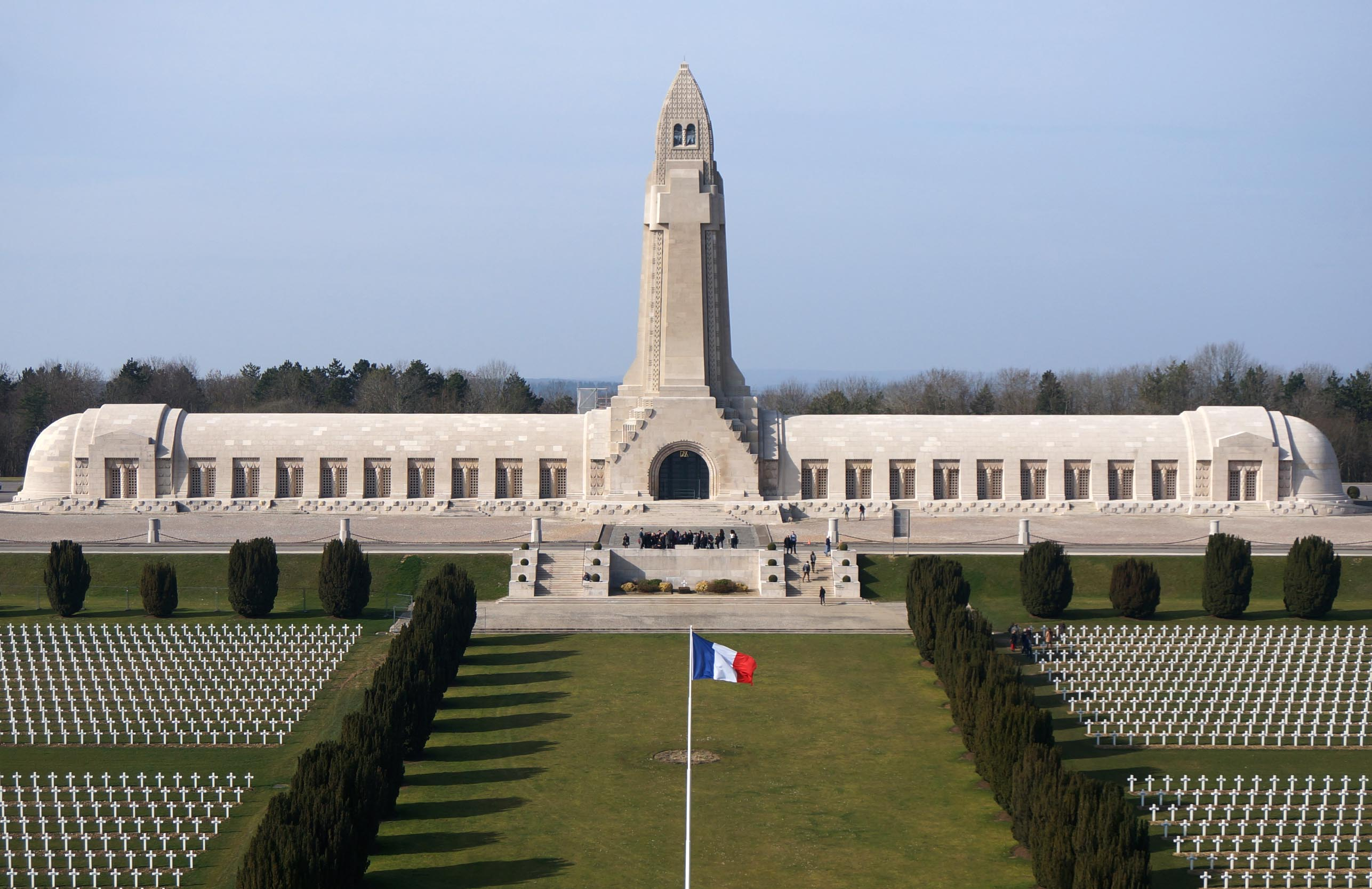 Agence Caillault ACMH – Ossuaire de Douaumont – Façade de l'ossuaire restaurée