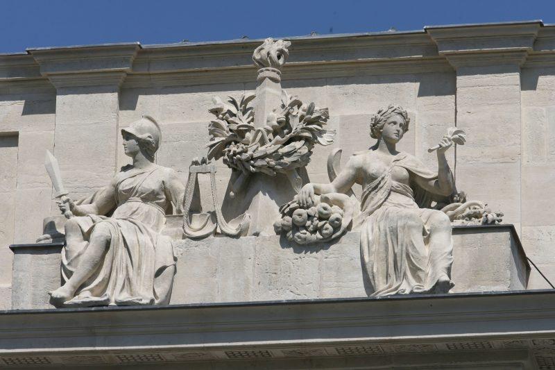 Agence Caillault ACMH – Porte Saint Catherine – Nancy – Sculptures de la façade ouest restaurées 2