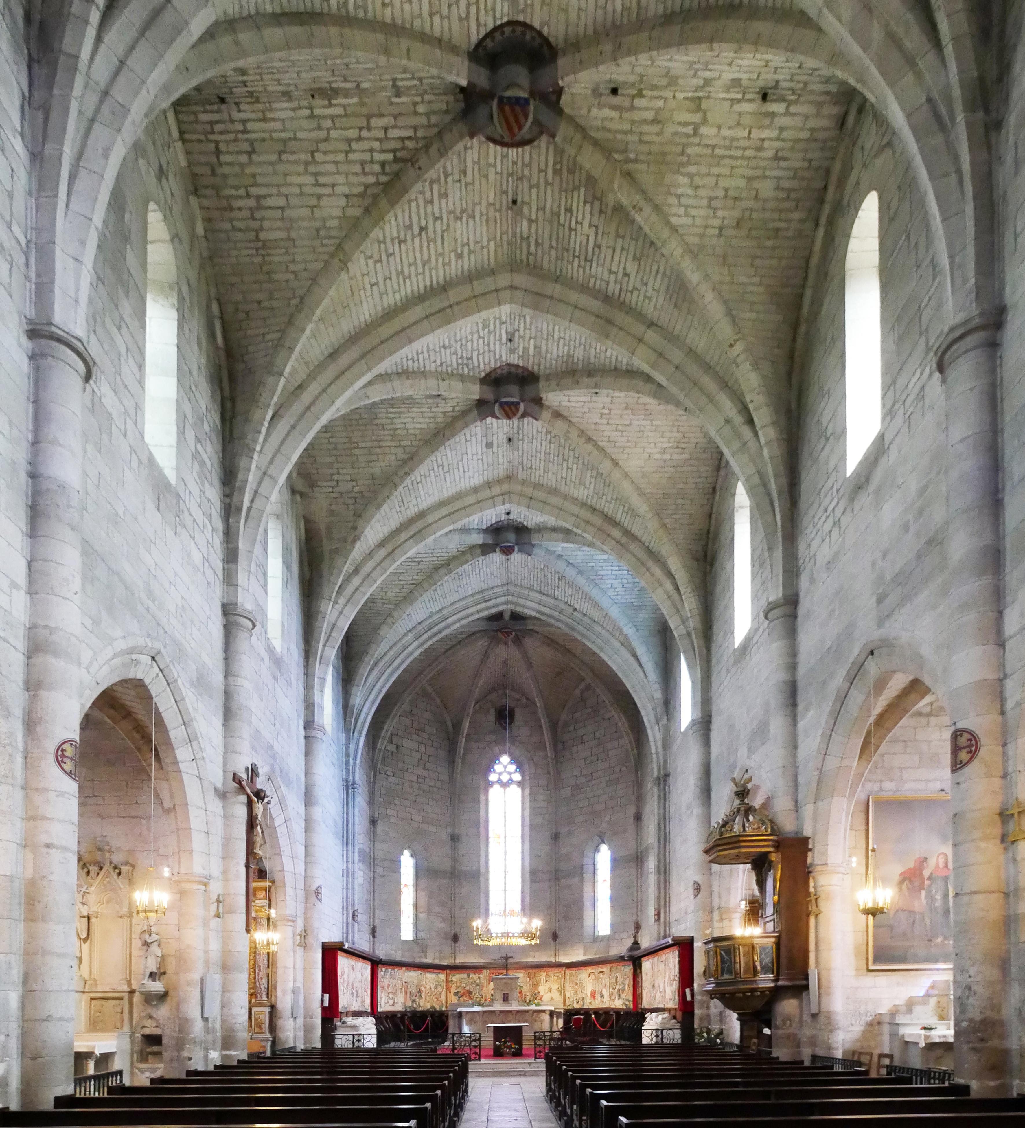 Agence Caillault ACMH – Collégiale Saint-Martin – Montpezat-de-Quercy – Vue du choeur depuis la nef2